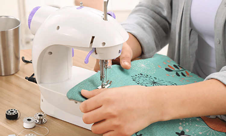mini sewing machines