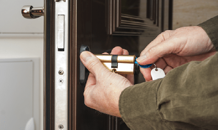 Best 10 Locksmith Tools Reviewed in 2020